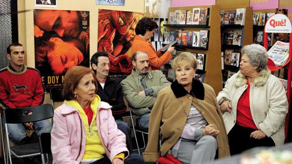 """La serie televisiva """"Aquí no hay quien viva"""" trató en clave de humor las vicisitudes de una Comunidad de Vecinos"""